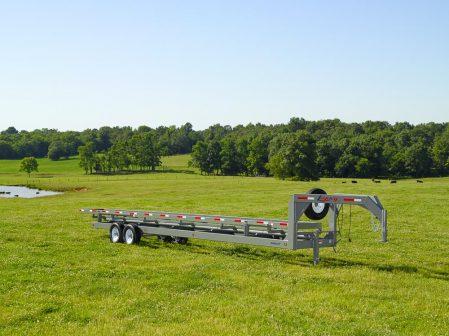 gooseneck tandem axle inline round bale trailer
