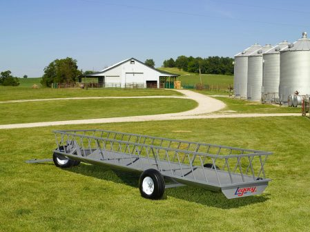 single trough feeder wagon built by legacy mfg